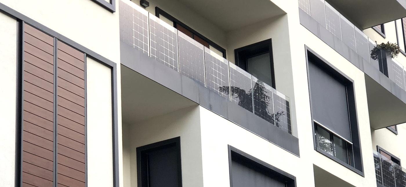 Balcone Fotovoltaico, Balaustra fotovoltaica